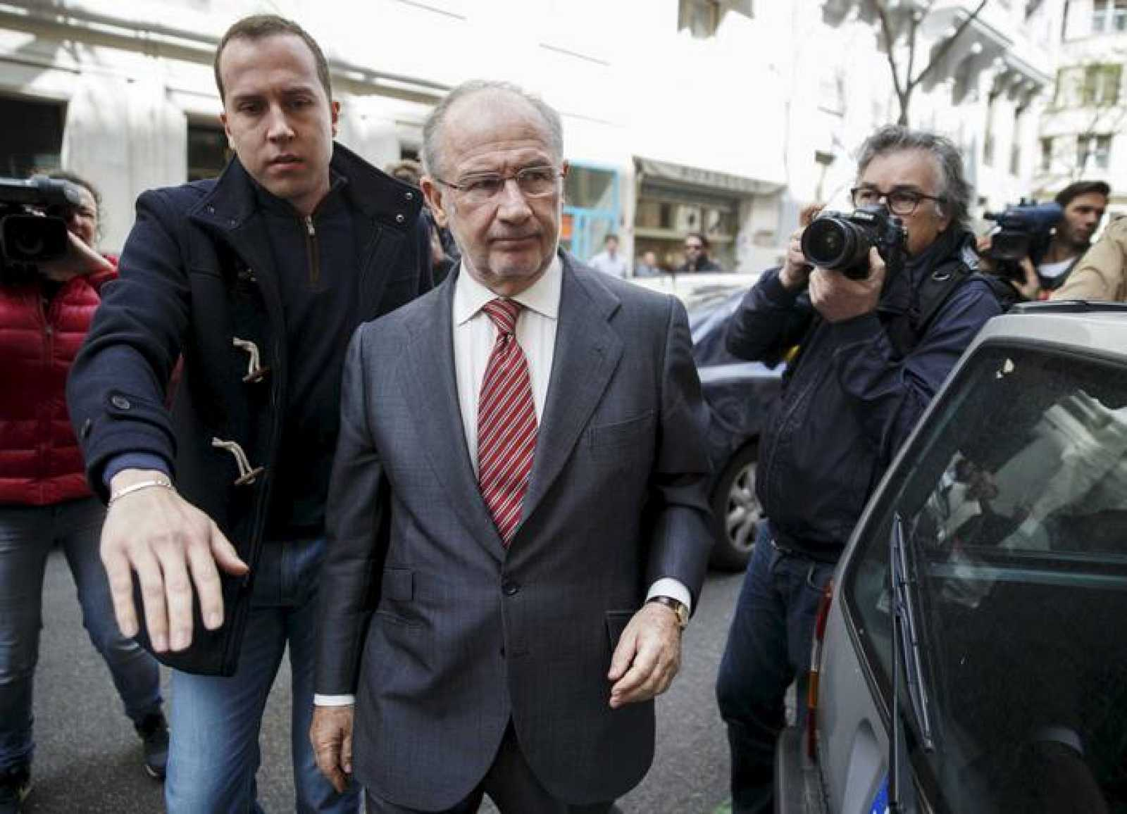 Rodrigo Rato este viernes a la entrada de su oficina en Madrid