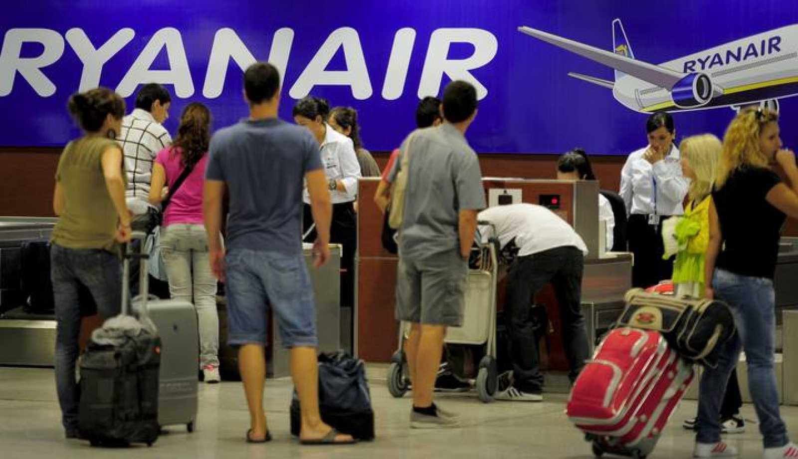 Mostradores de facturación de Ryanair en el aeropuerto de Barcelona