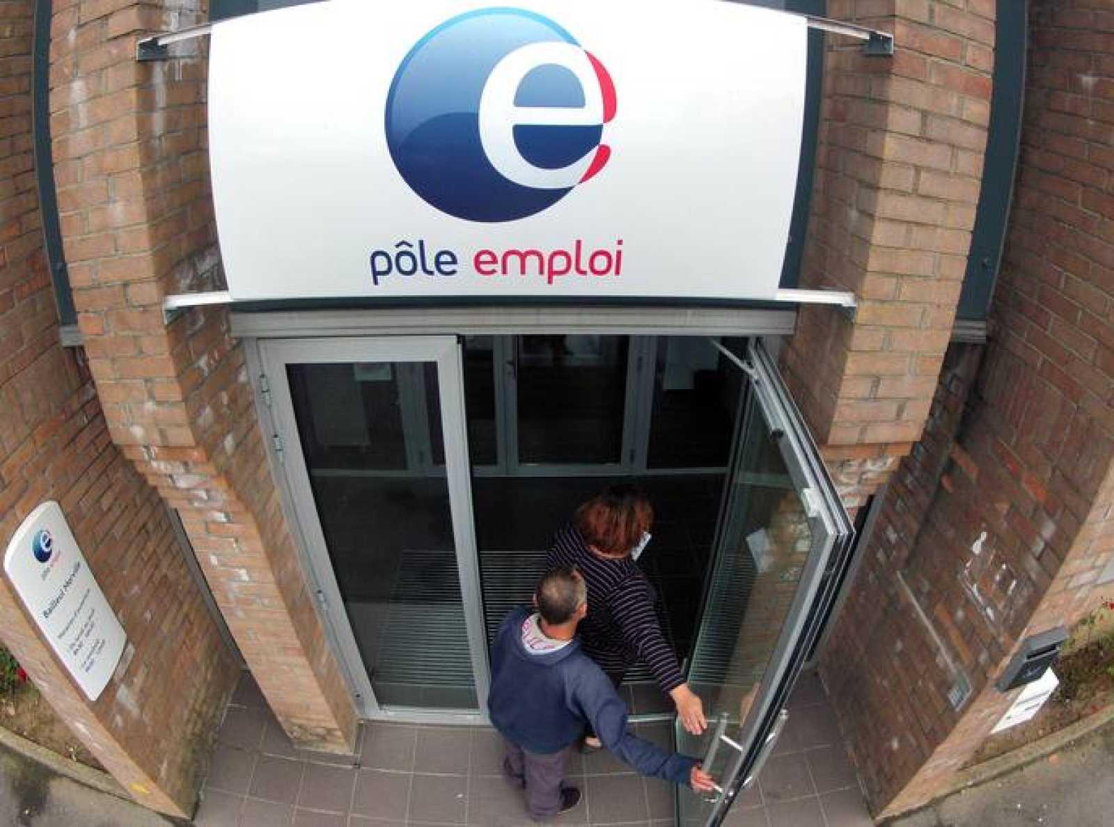 Entrada a una oficina de empleo en el norte de Francia