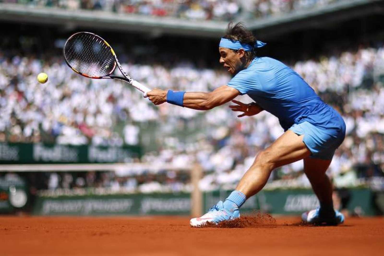 Imagen de Rafael Nadal durante el partido contra Novak Djokovic en Roland Garros.