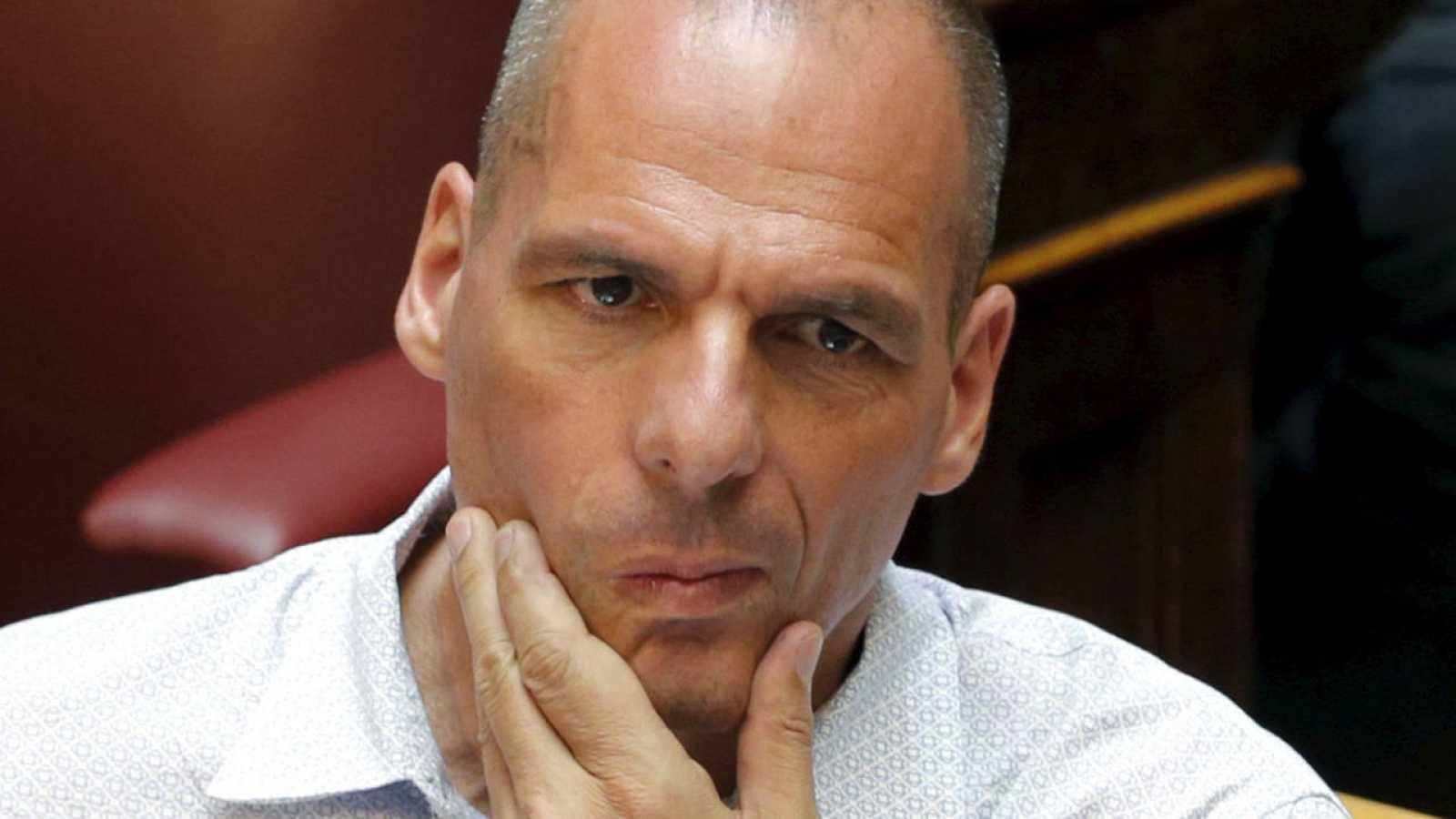 El exministro de Finanzas griego, Yanis Varufakis, en el Parlamento.