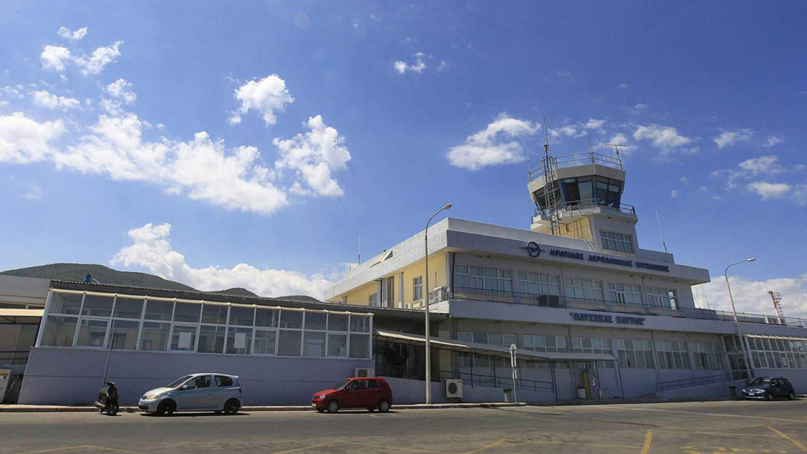Vista del exterior del aeropuerto de Mitilene, en la Isla de Lesbos