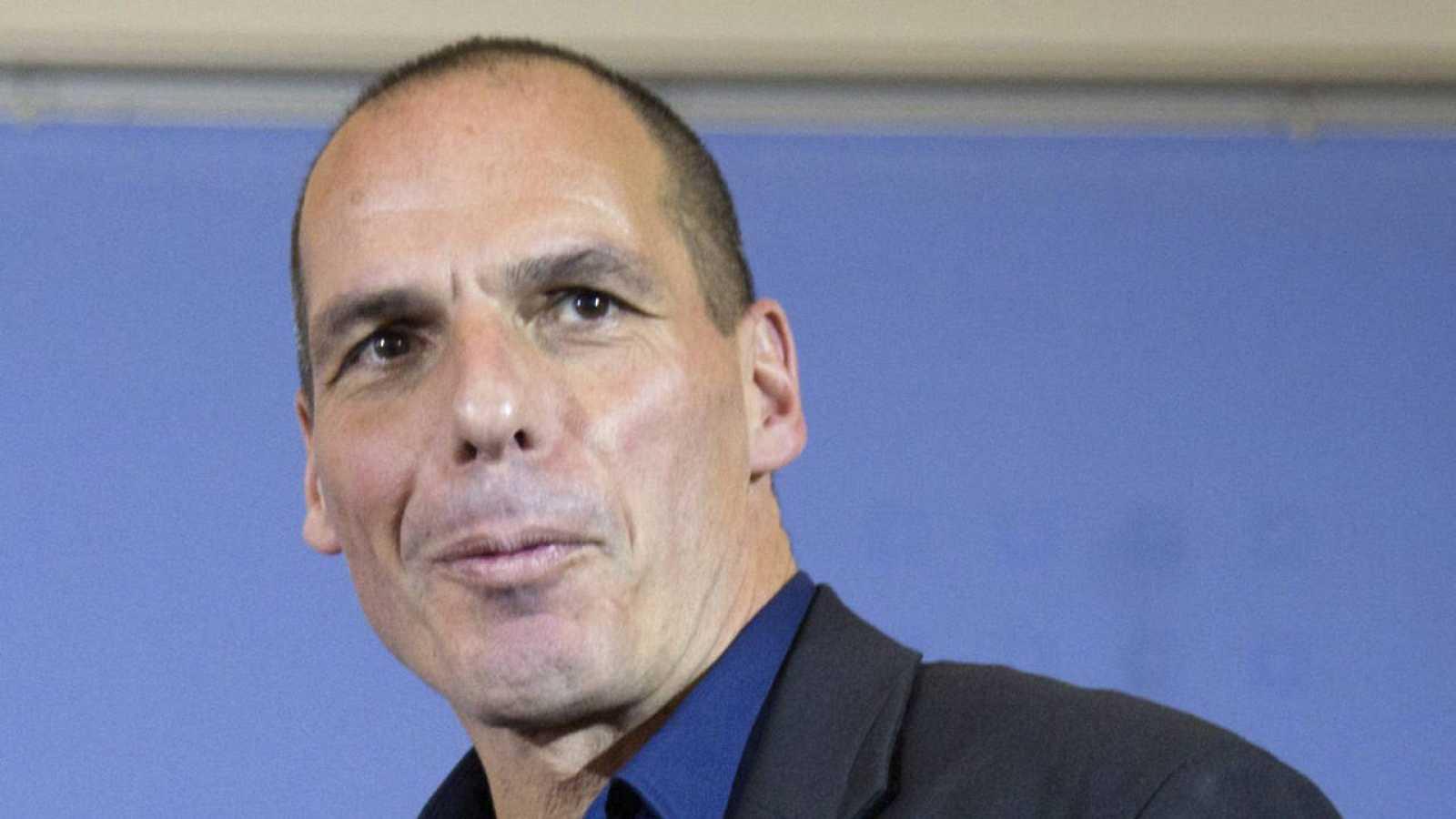 Yanis Varoufakis a la salida de una rueda de prensa en Berlín (Archivo)