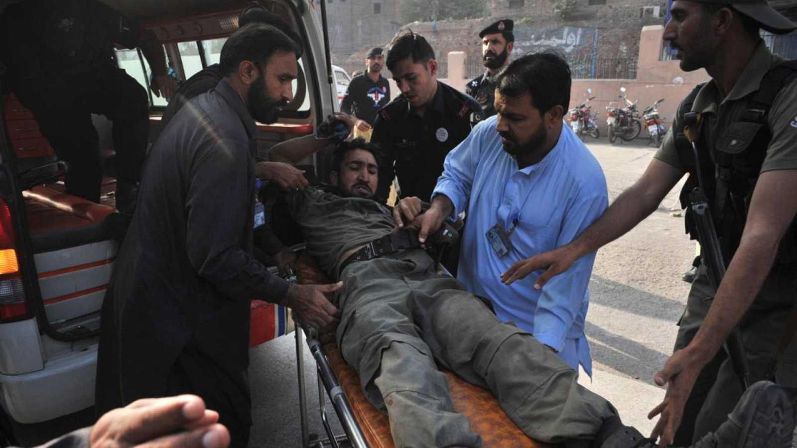 Al menos 42 muertos en un ataque talibán en Pakistán