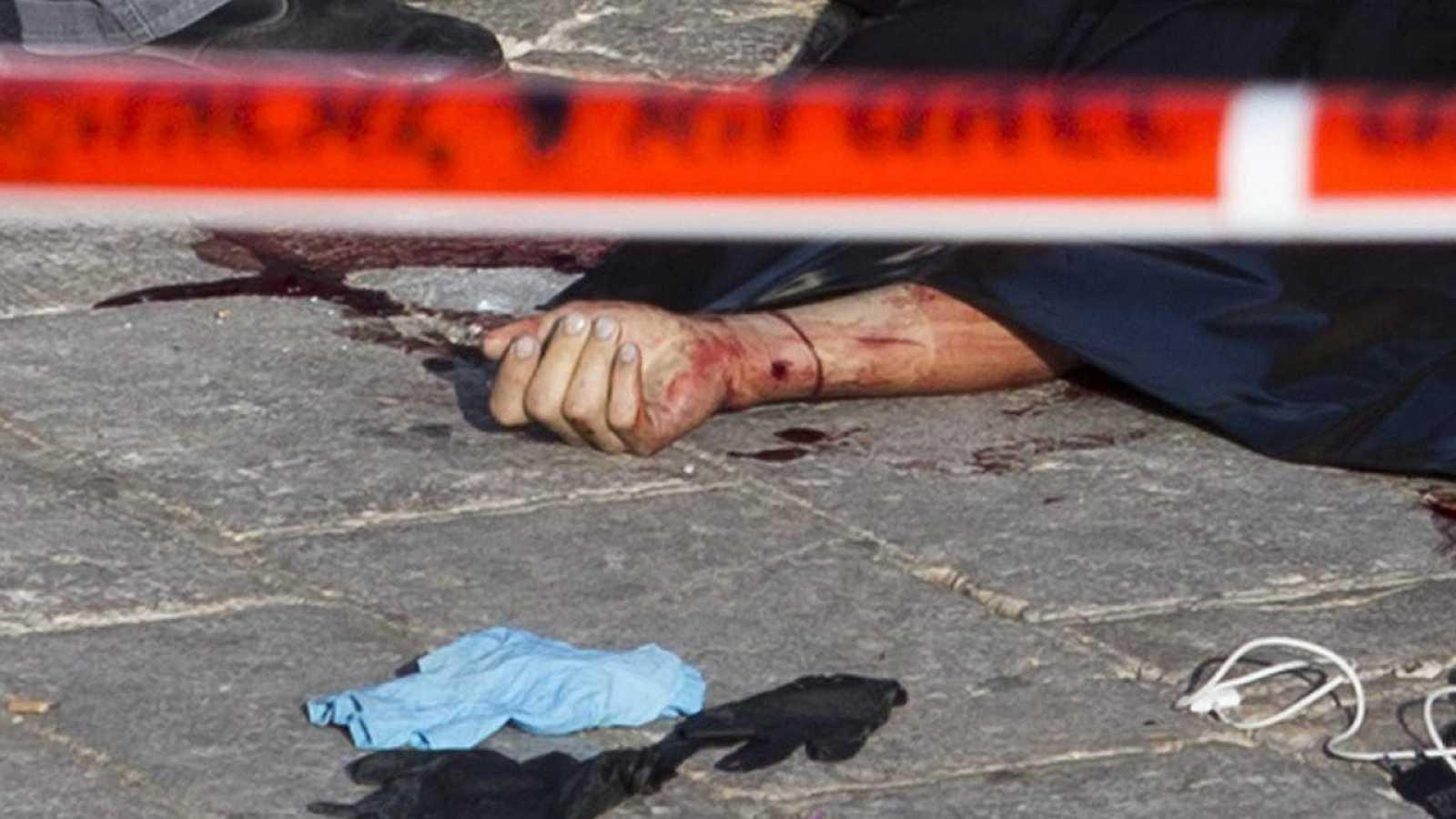 Palestino tiroteado por las fuerzas de seguridad israelíes tras un intento de apuñalamiento en Jerusalén