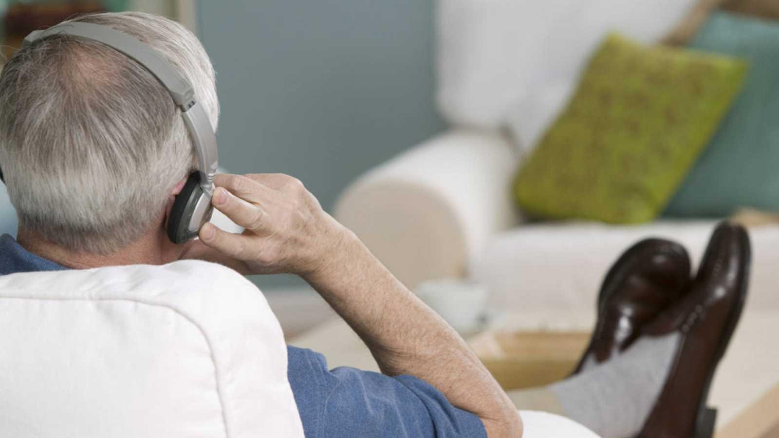 En el estudio han participado diez ancianos, nueve mujeres y un hombre, de 84 años de promedio.