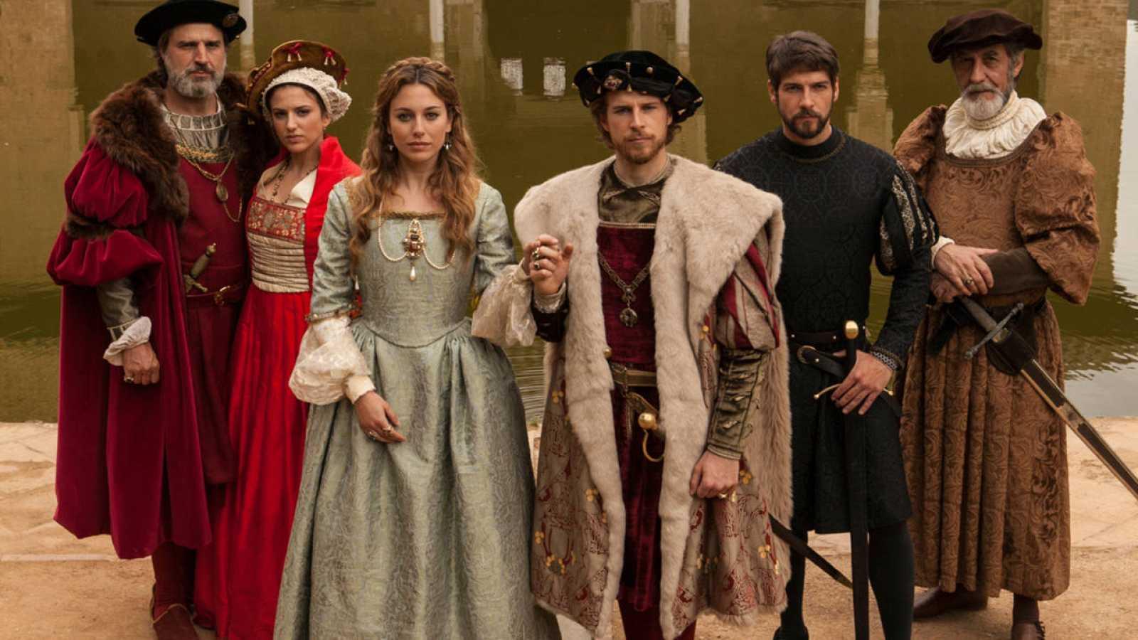 El reparto de Carlos, Rey Emperador graba en La Alahmbra
