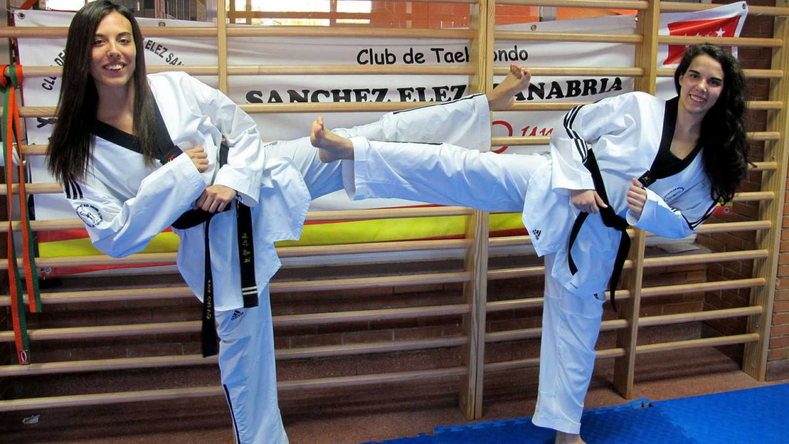 Eva y Marta Calvo, en el club Sánchez Elez-Sanabria.