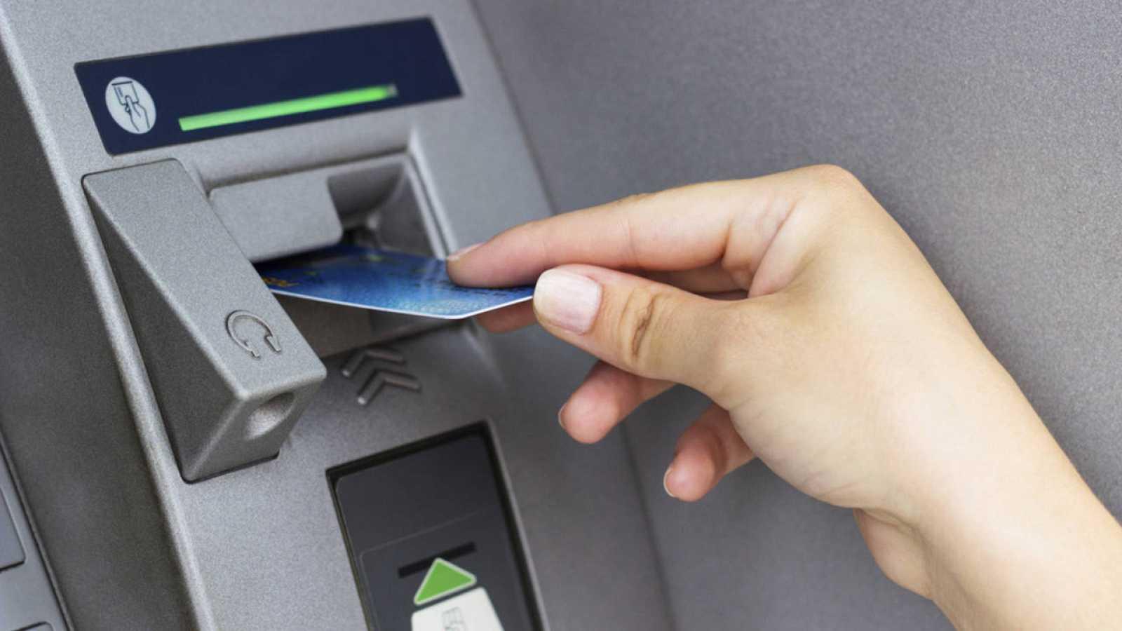 Las Comisiones De Los Cajeros Entérate De Lo Que Cobrará Cada Banco
