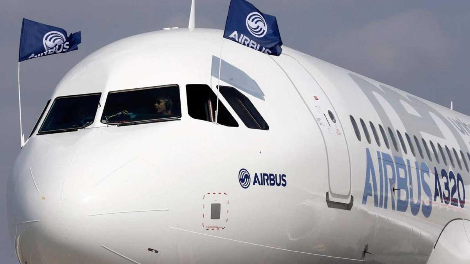 Cabina de un avión Airbus 320neo