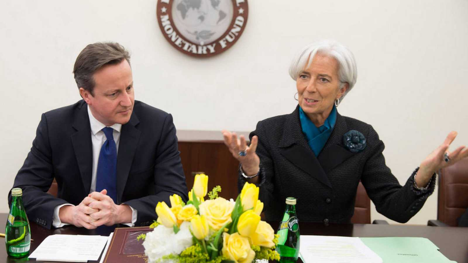 El primer ministro británico junto a la directora gerente del FMI
