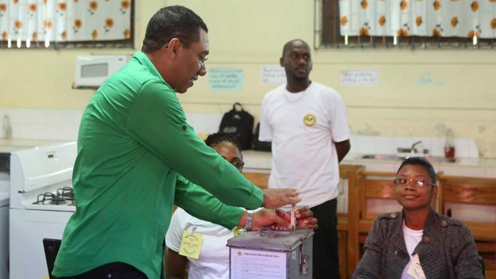 El líder del Partido Laborista Jamaica, Andrew Holness