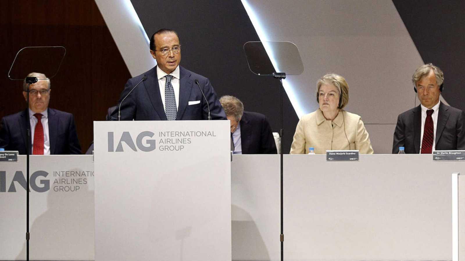 El presidente de IAG se dirige a la junta general de accionistas