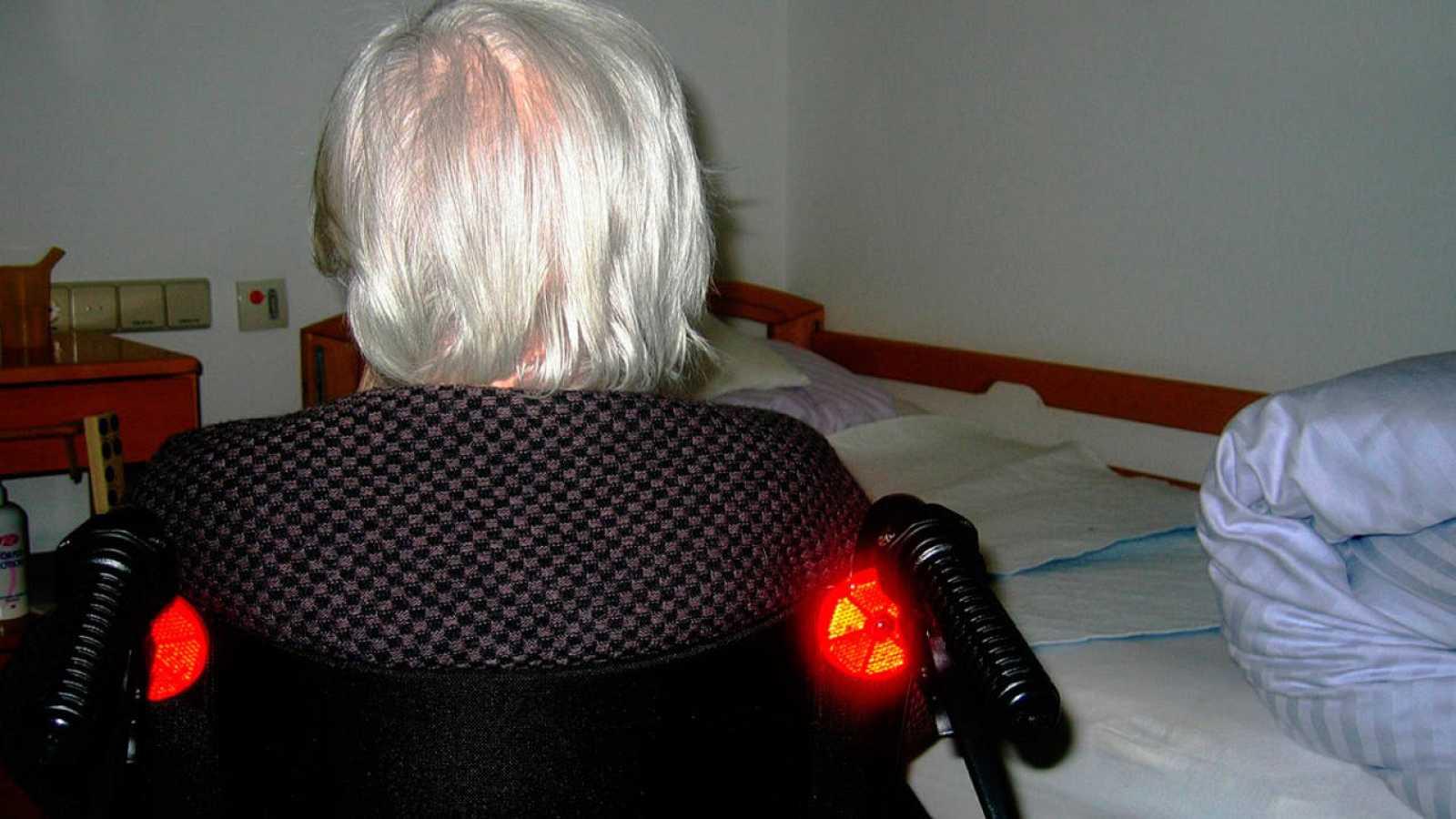 Anciana dependiente