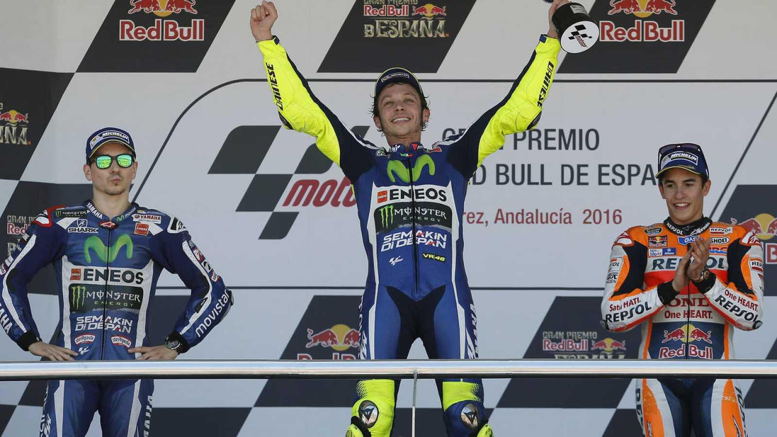Rossi venció en el GP de España por delante de Lorenzo y Márquez