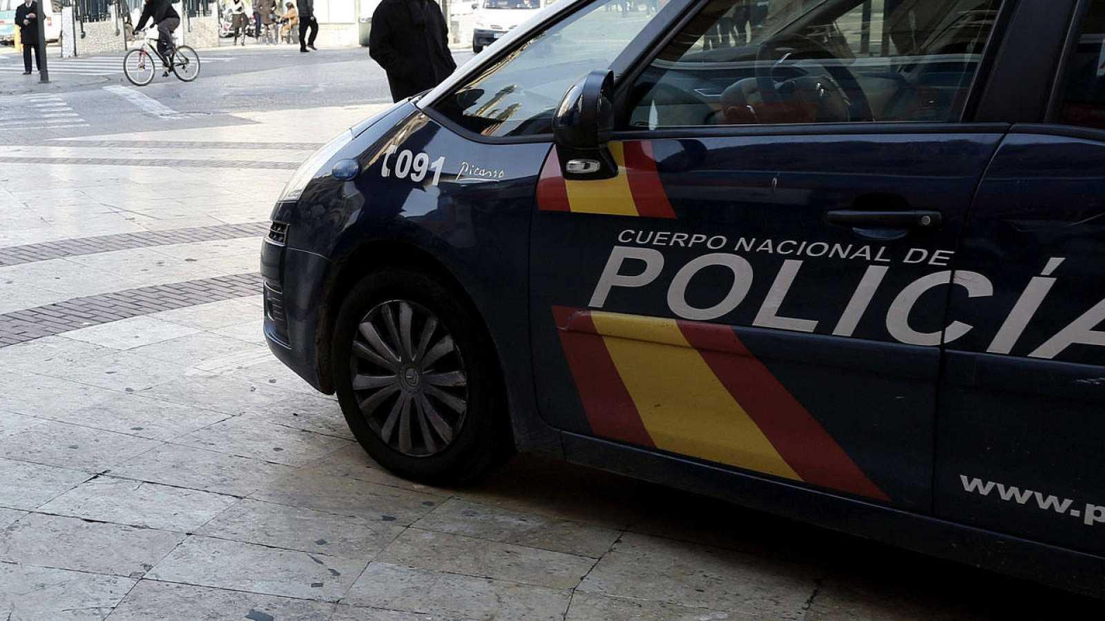 Un coche de la Policía Nacional en una foto de archivo