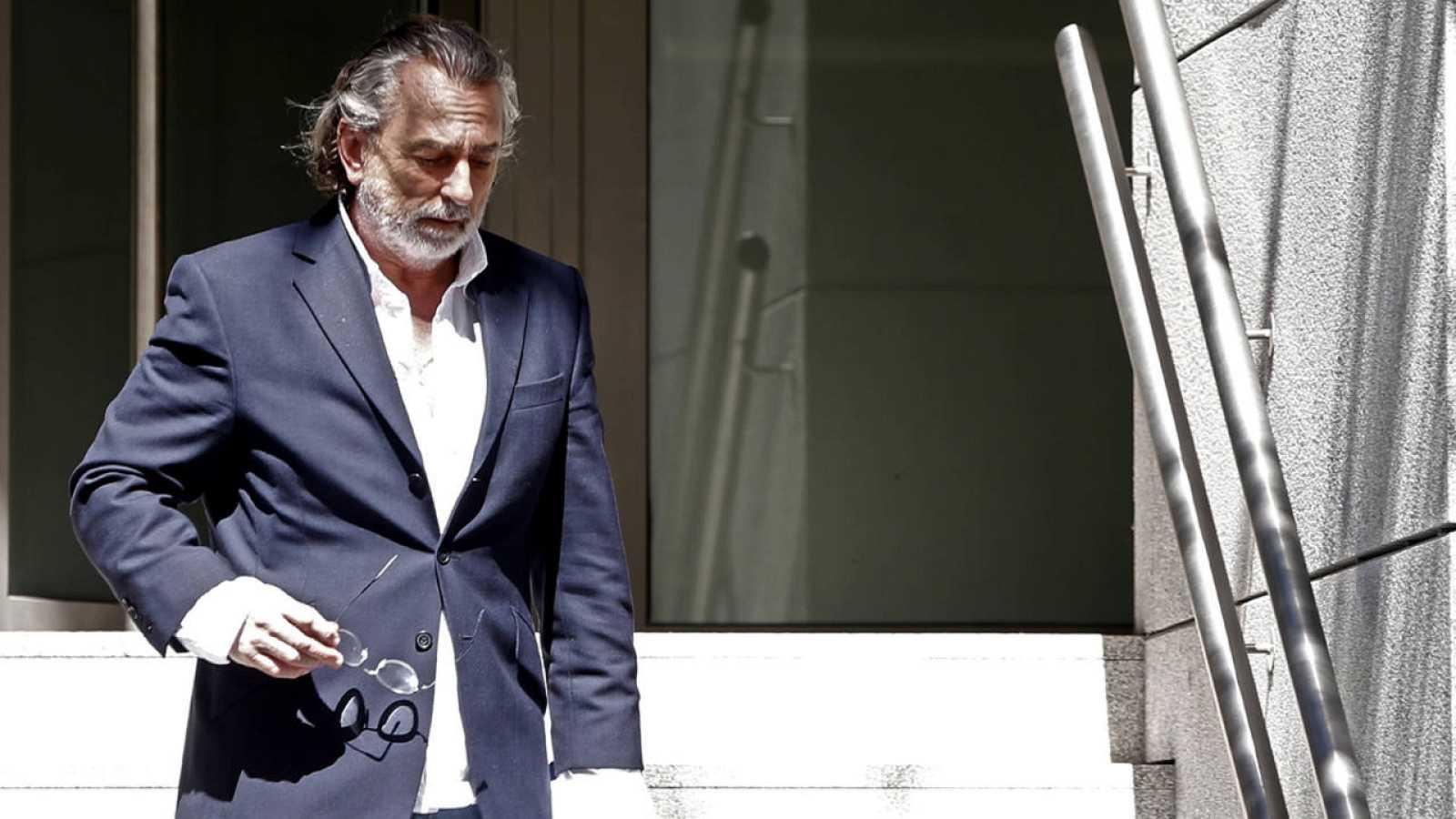 Abren juicio oral contra 27 personas y el PP por la trama Gürtel en ...