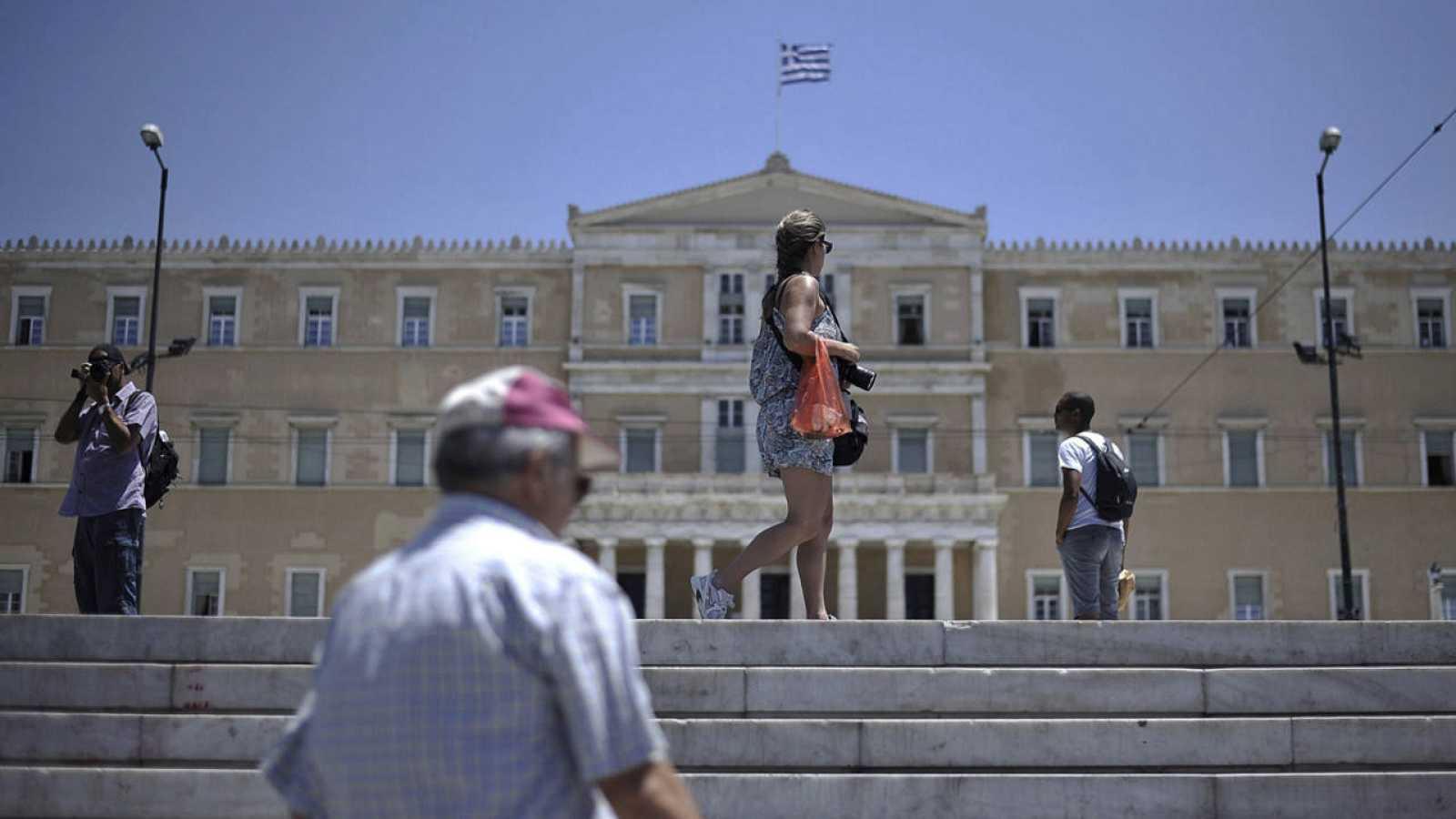 Imagen de archivo del Parlamento griego, en Atenas.