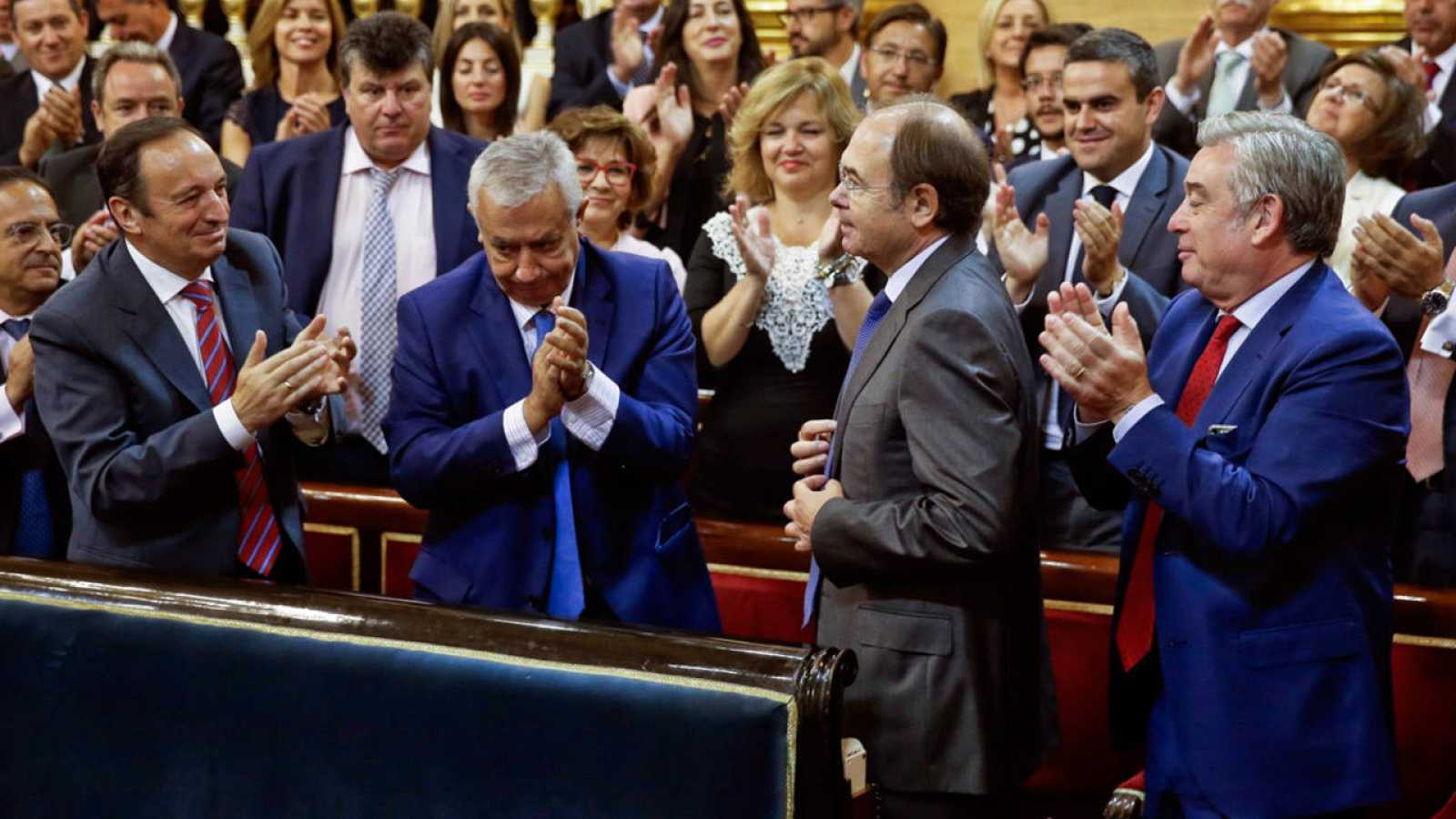 Pío García-Escudero, senador del PP, reelegido presidente de la Cámara Alta por mayoría absoluta.