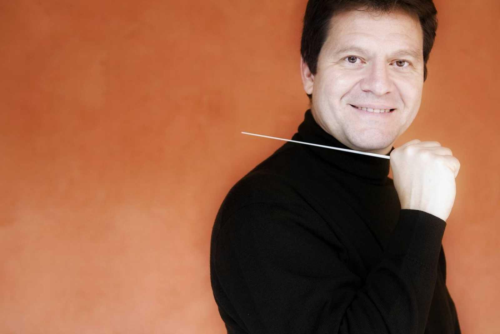 El director Manuel Hernández-Silva