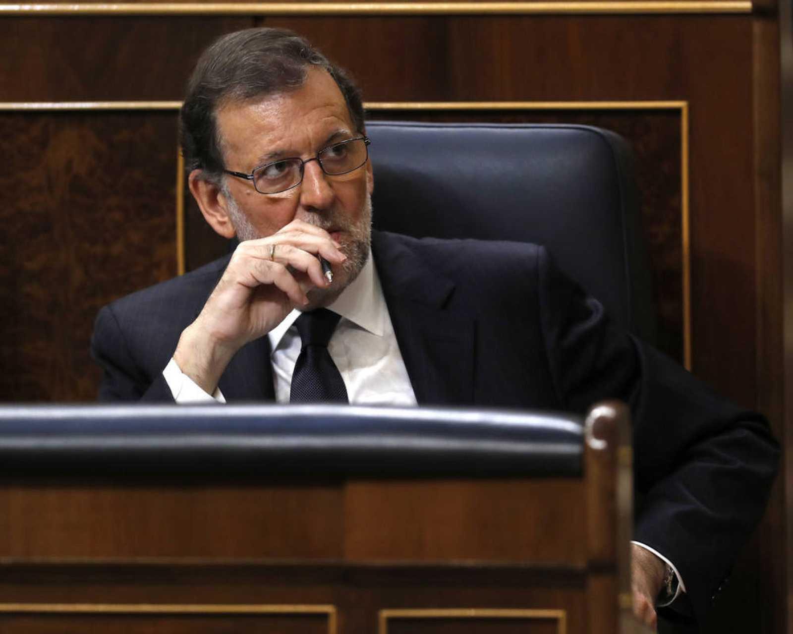 El presidente del Gobierno en funciones, Mariano Rajoy, en su escaño en el Congreso