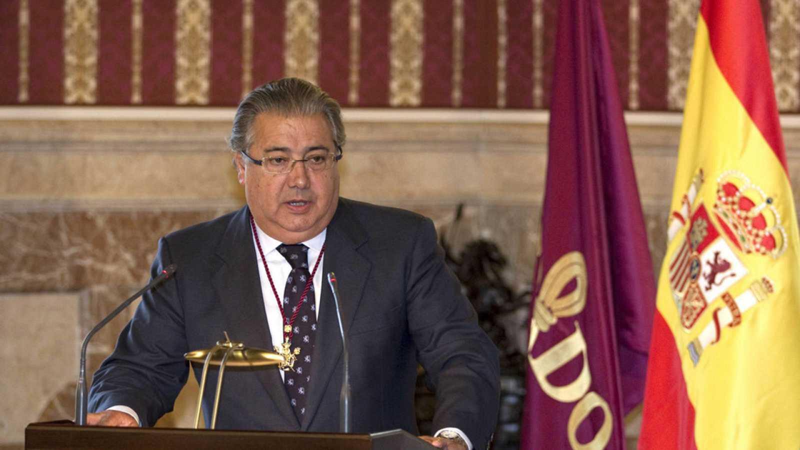 Juan ignacio zoido lvarez un magistrado al frente de for Zoido ministro del interior