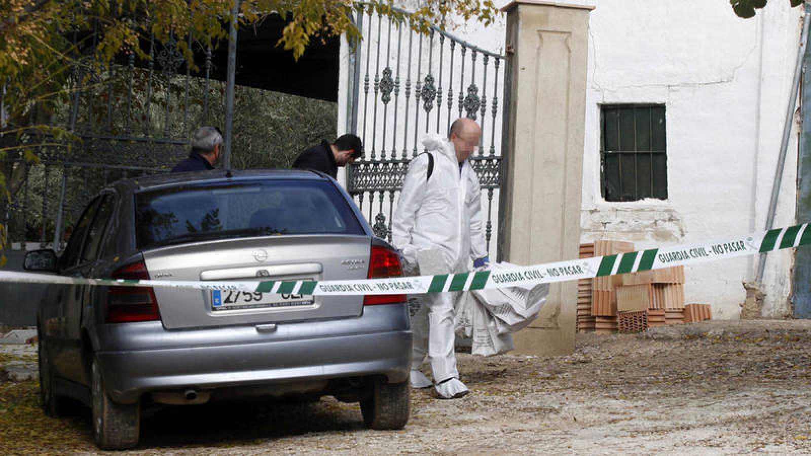 Detenido un menor de 17 años tras hallar el cadáver de su madre en Montilla, Córdoba