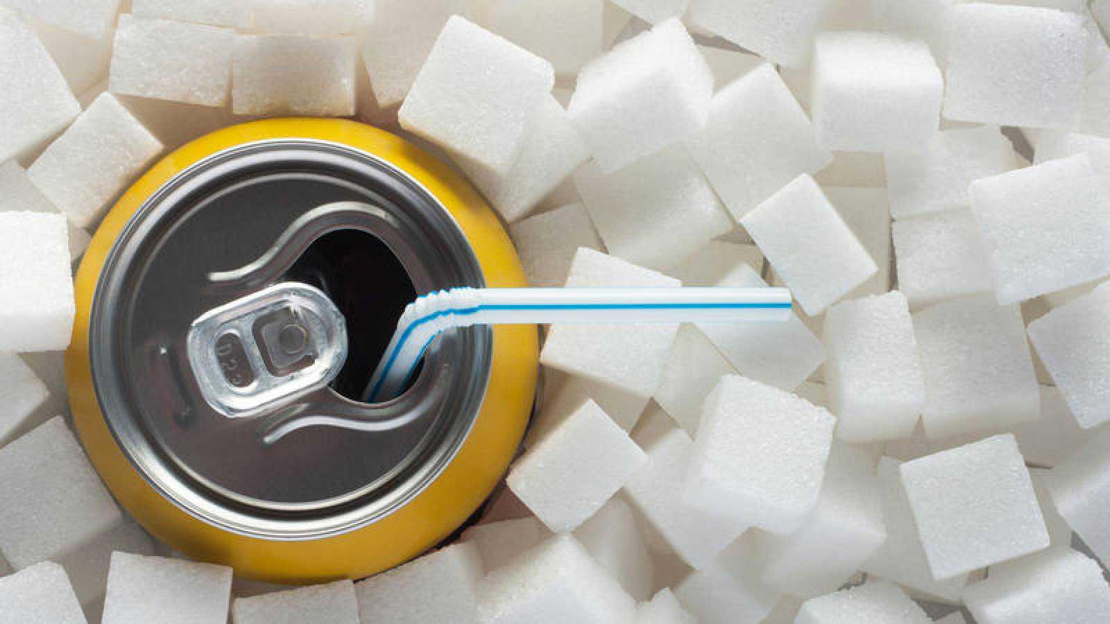 La OMS recomienda gravar los refrescos para luchar contra la obesidad y la diabetes