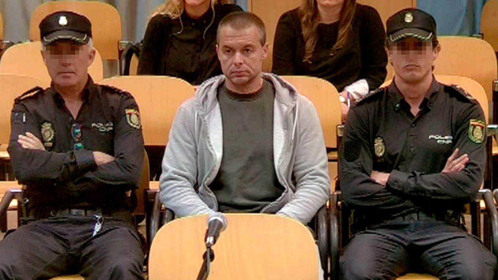 Antonio Ángel Ortiz, presunto pederasta de Ciudad Lineal, durante el juicio