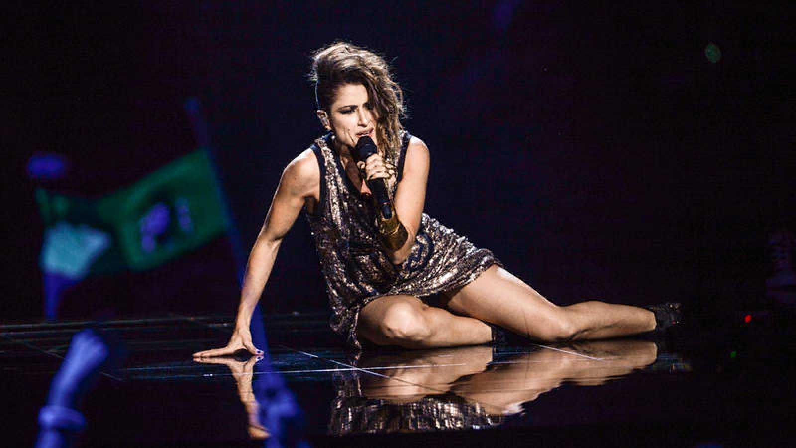La representante de España, Barei, interpretando la canción 'Say Yay!' en el festival de Eurovisión 2016.