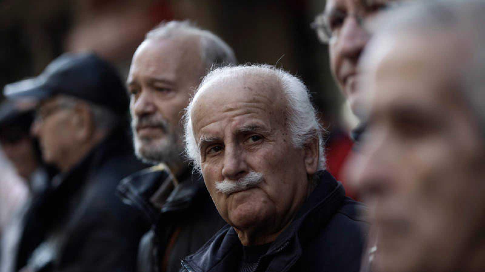 Pensionistas participan en una protesta en Atenas contra las medidas de austeridad del Gobierno (Archivo)
