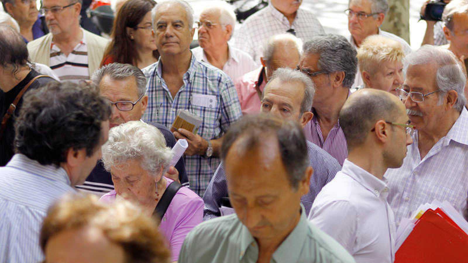 Imagen de archivo de una concentración de pensionistas en Barcelona