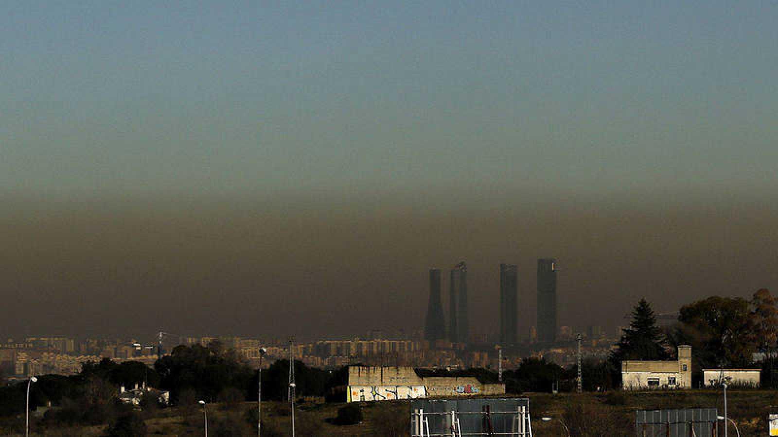 Boina de contaminación que se extiende desde hace unos días sobre Madrid d61cef02aaa