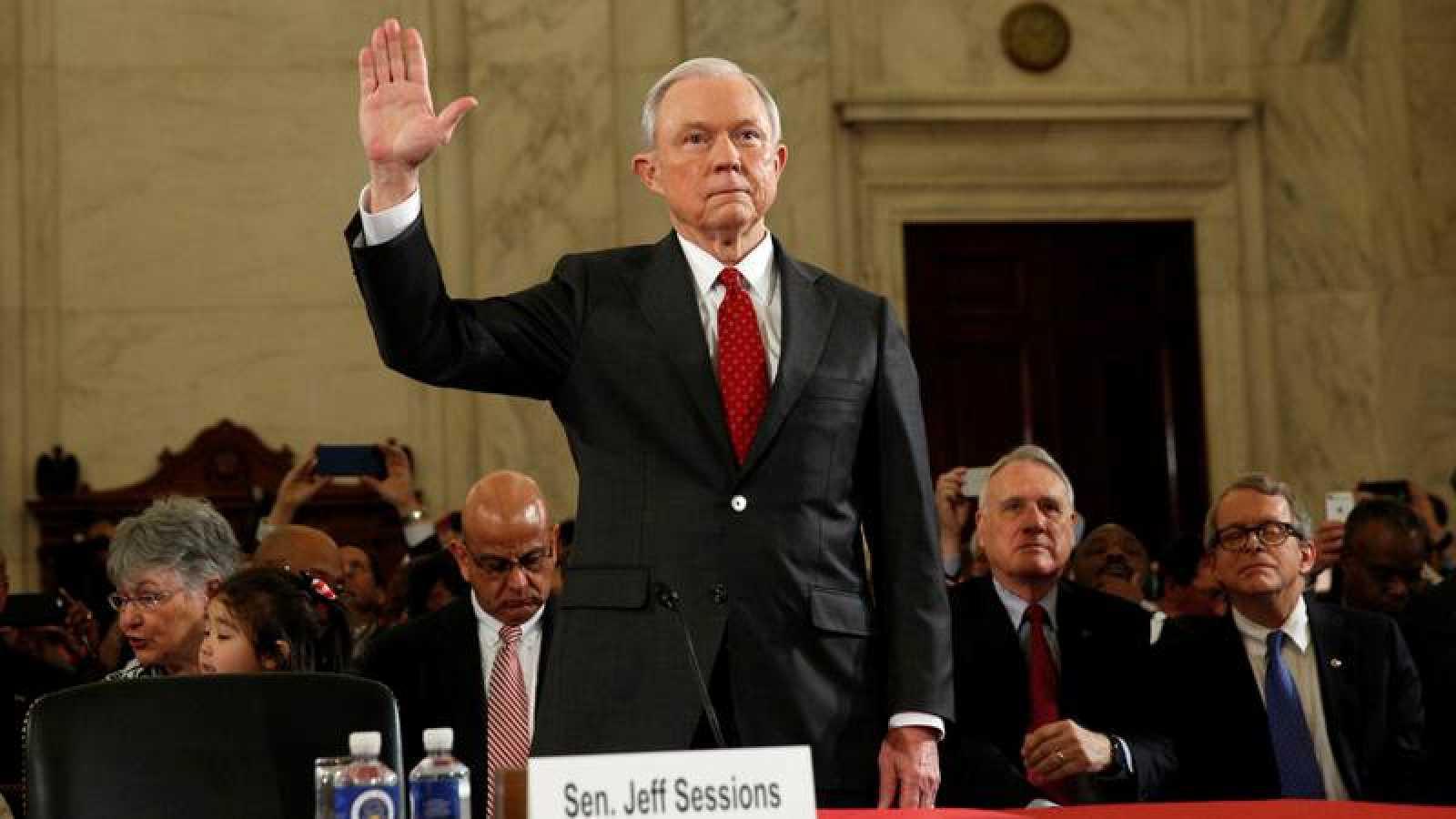 Jeff Sessions confirma ante el Senado el cargo de Fiscal General de Estados Unidos