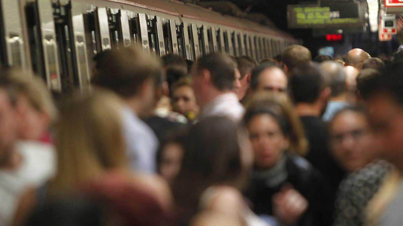 El estudio ha analizado la calidad del aire de las estaciones de metro y del interior de los vagones.