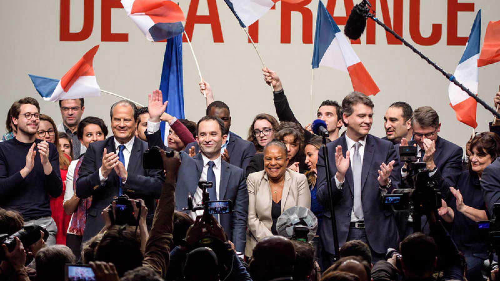 Investidura del socialista Benoit Hamon en su primer acto de campaña