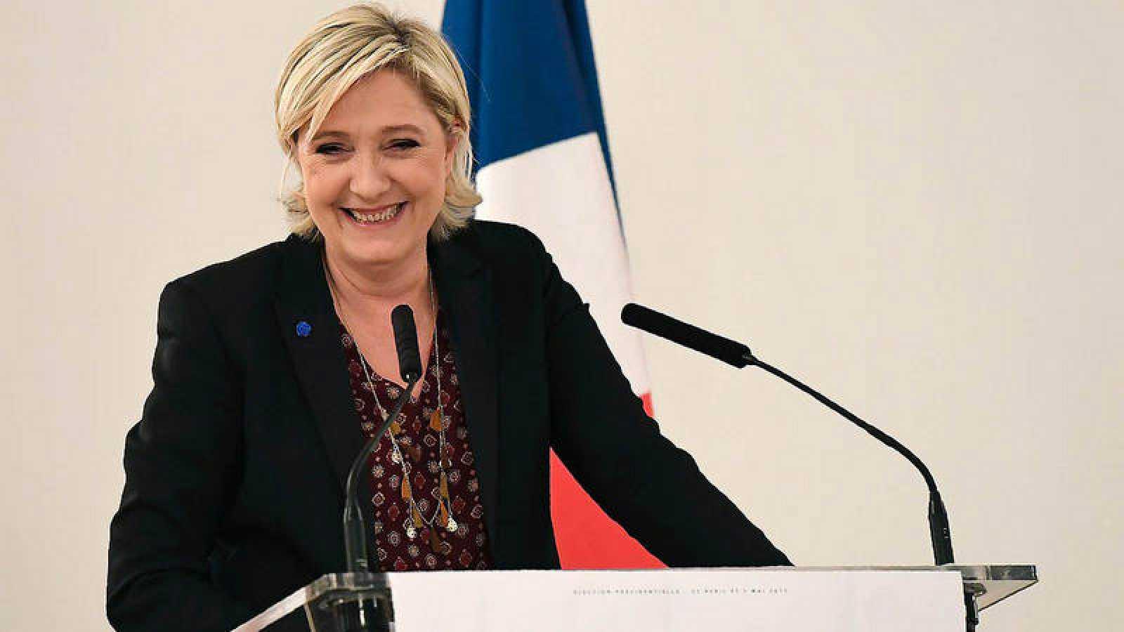 Marine Le Pen, líder y candidata del FN, en una conferencia en París
