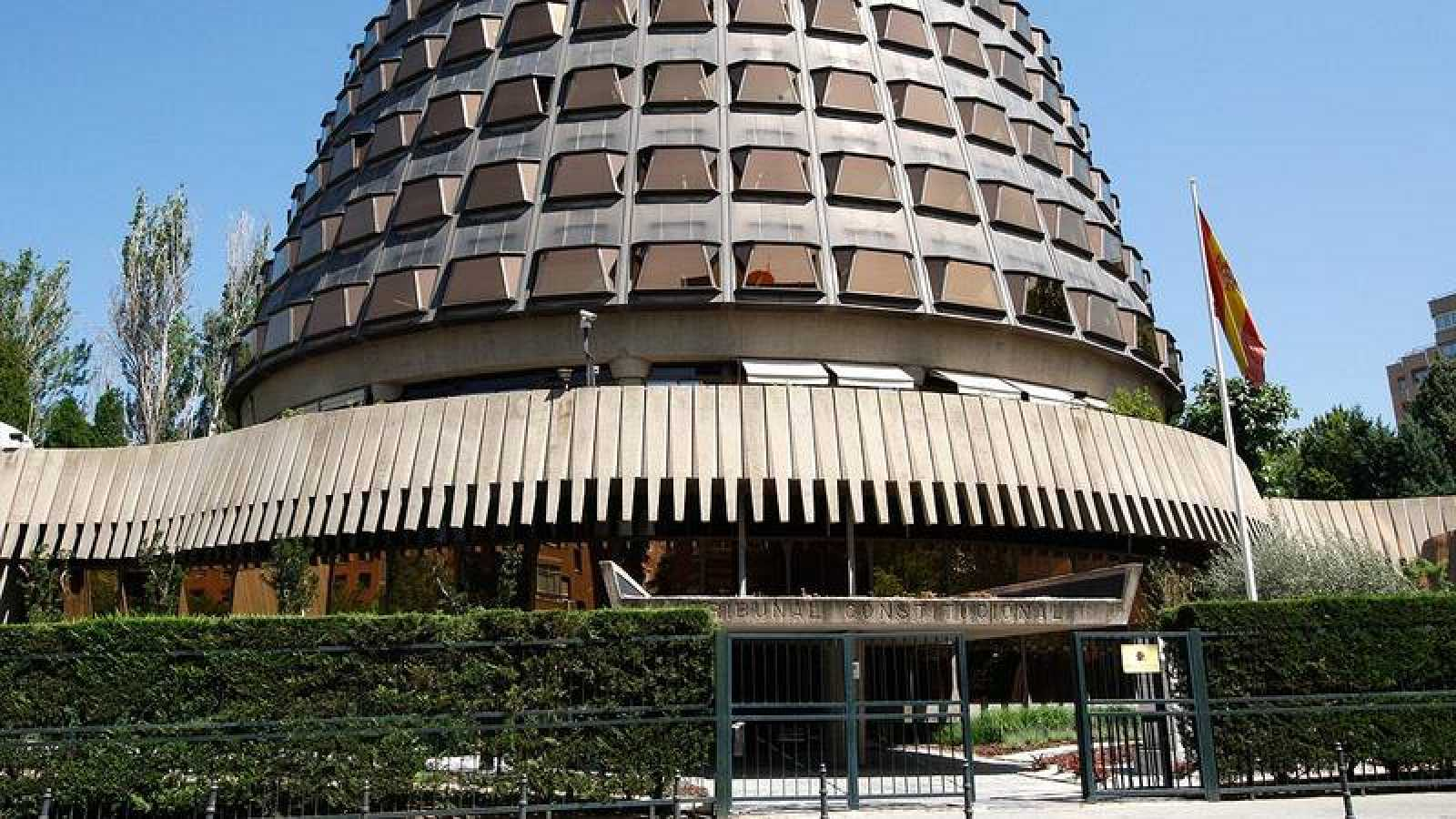Edificio sede del Tribunal Constitucional en la calle Domenico Scarlatti de Madrid.