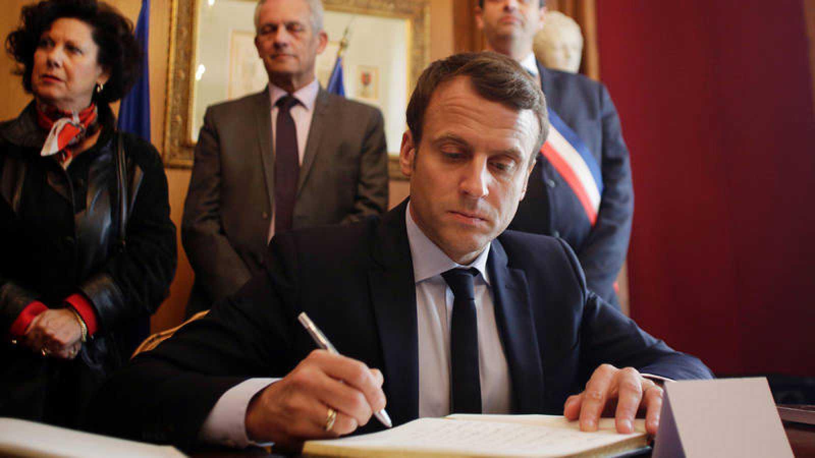 El candidato a las elecciones francesas, Emmanuel Macron