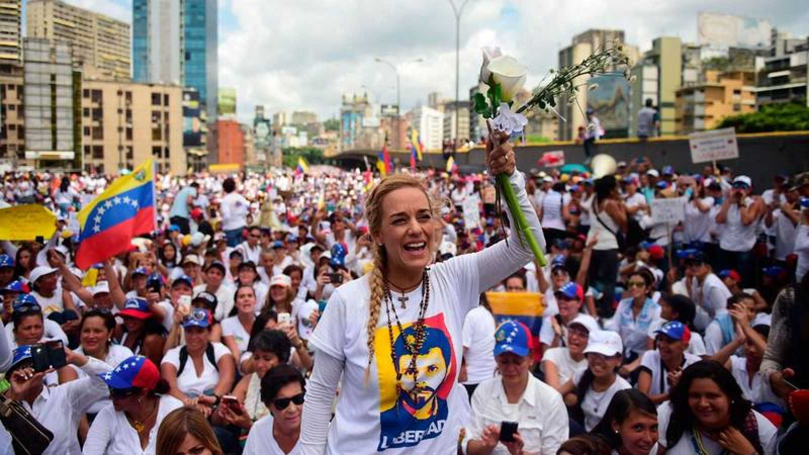 Lilian Tintori, durante una de las protestas en las que pide la liberación de su marido