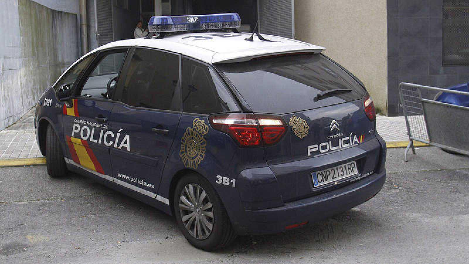 Una imagen de archivo de un vehículo de la Policía Nacional