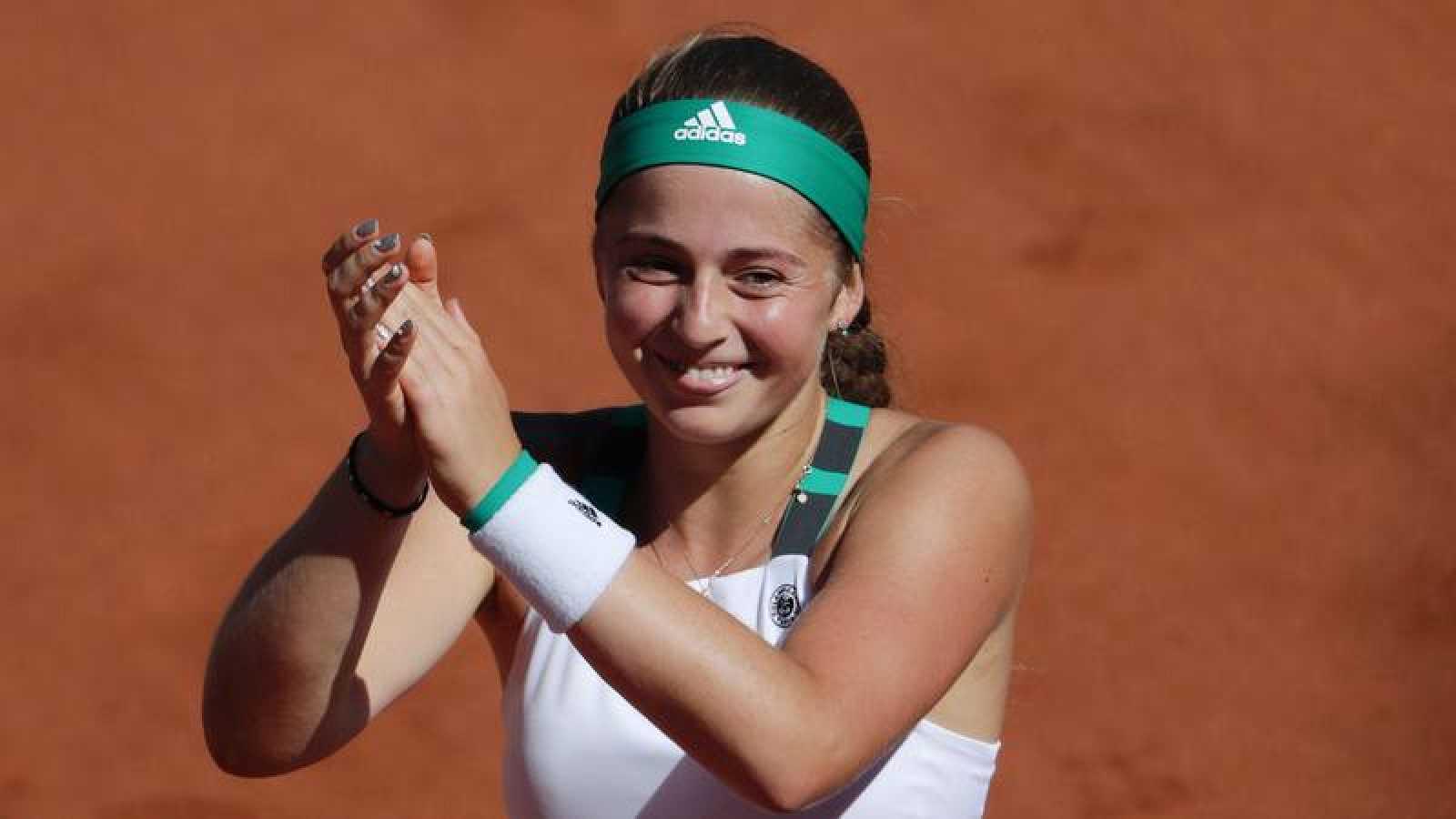 Ostapenko sorprende a Halep y estrena palmarés en Roland Garros
