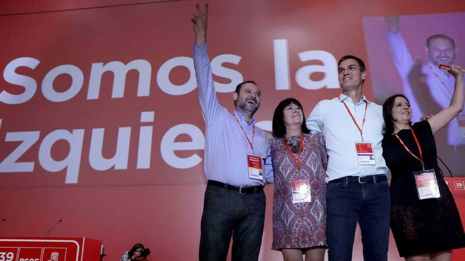 Sánchez y su núcleo duro en el Congreso Federal.