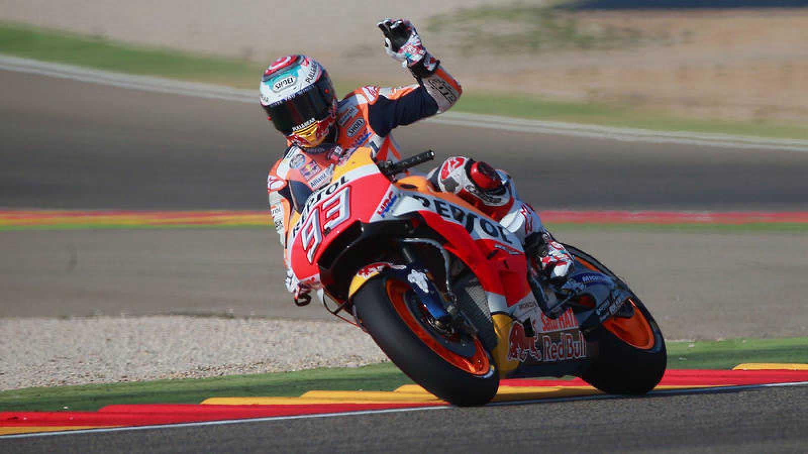 Marc Márquez se impone en el GP de Aragón.