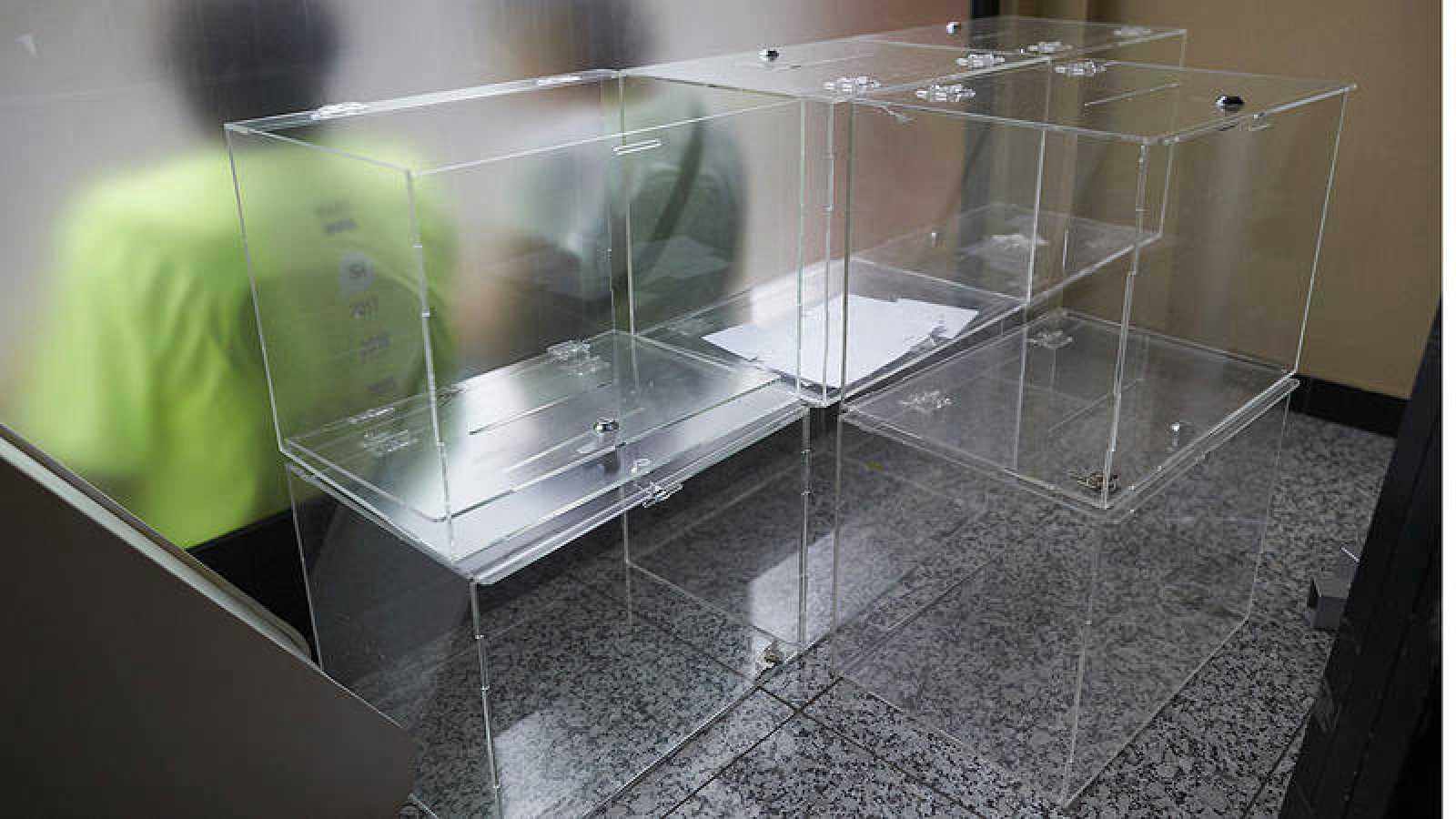 La Agencia de Protección de Datos avisa de multas a miembros de mesas electorales