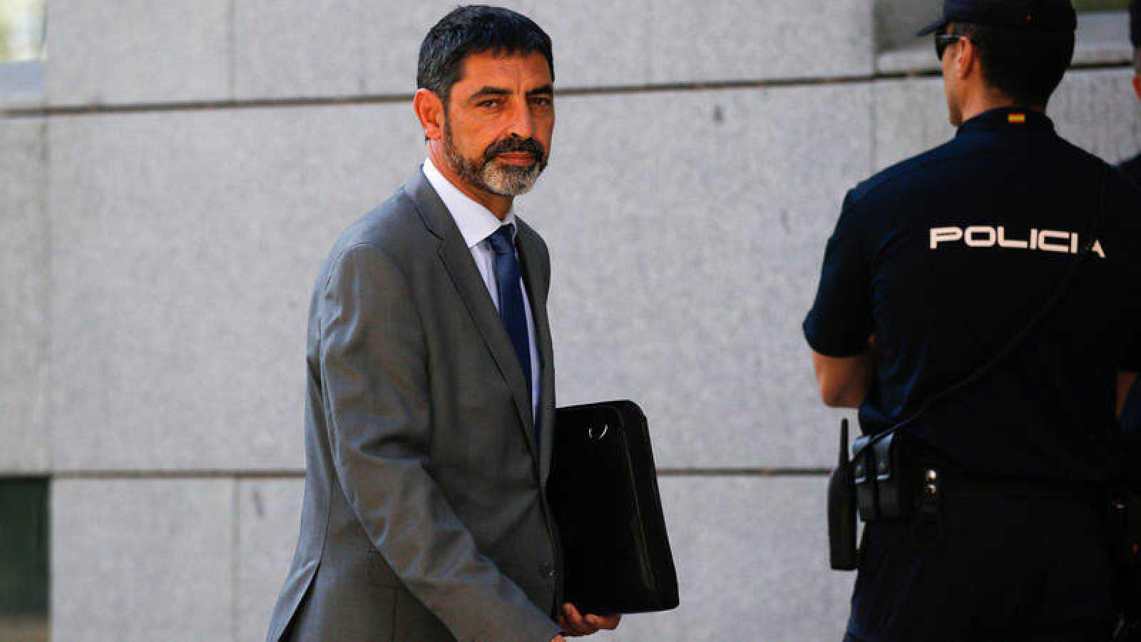 El mayor de los Mossos d'Esquadra, Josep Lluis Trapero, saliendo de la Audiencia Nacional