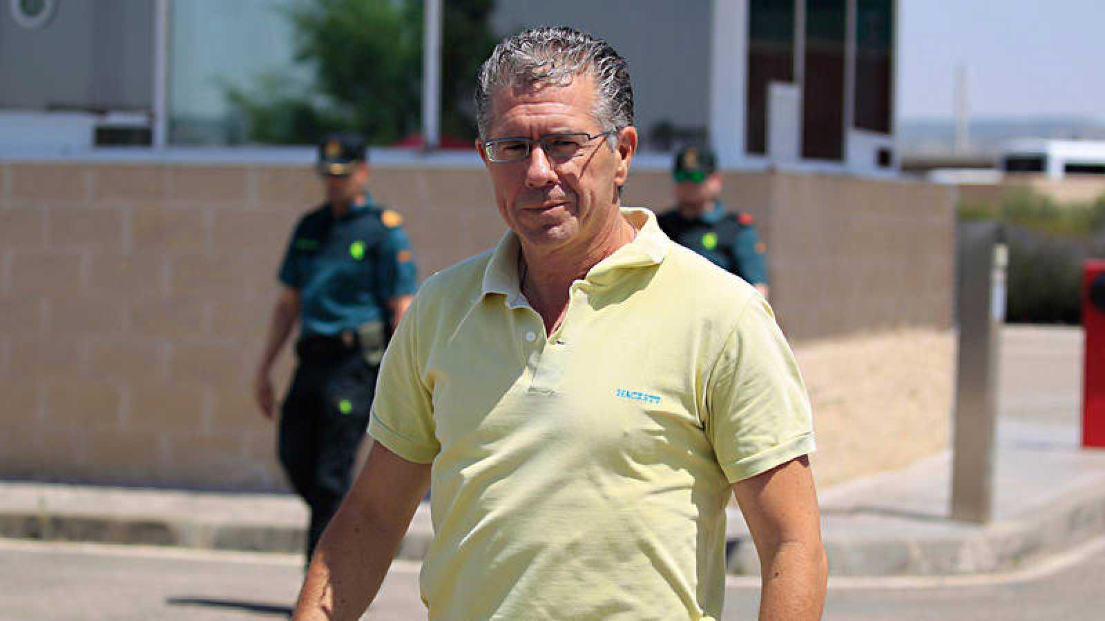 El ex secretario general del PP en Madrid Francisco Granados, a su salida de la cárcel