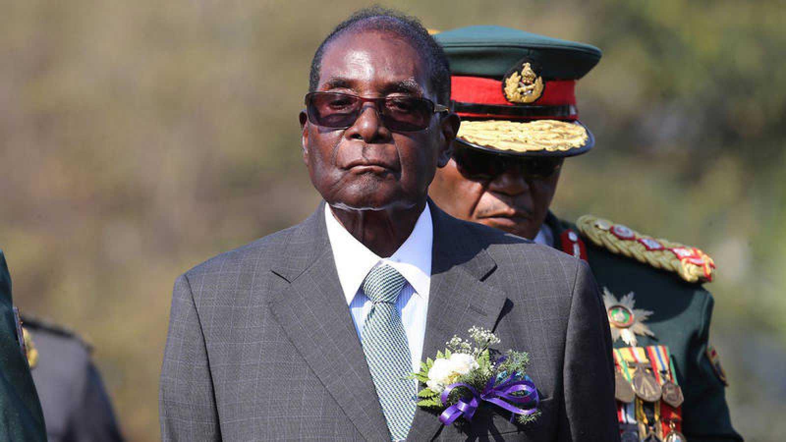 Foto de archivo del presidente de Zimbabue, Robert Mugabe