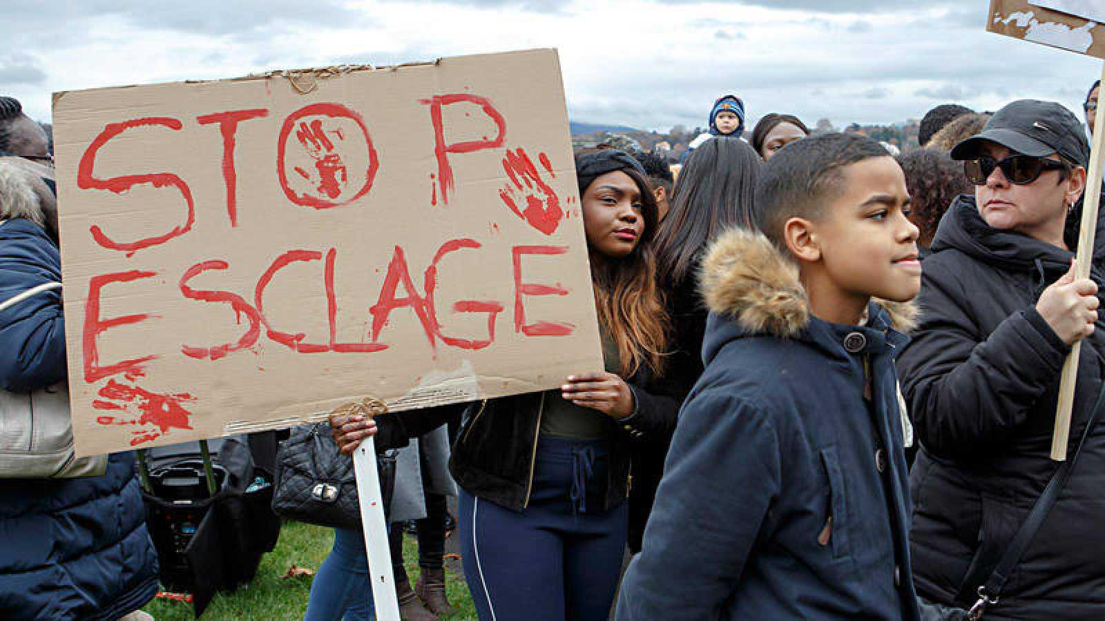 Manifestación en Ginebra contra la venta de esclavos en Libia