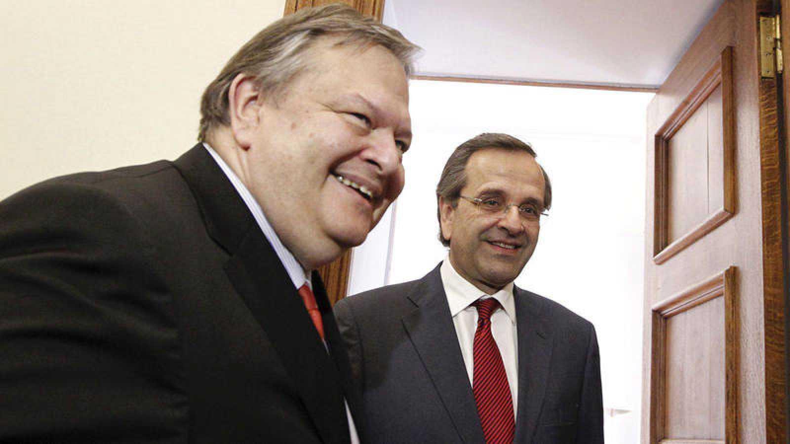 Venizelos y Samarás están implicados en el escándalo de corrupción de Novartis